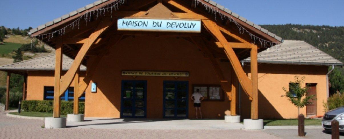 La maison du tourisme à Saint Etienne en Dévoluy